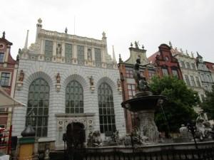 gdansk1ドゥーギ広場の建物 (640x480)