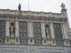 gdansk2ドゥーギ広場の建物 (640x480)